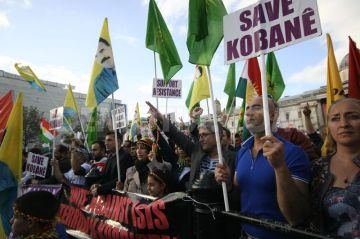 1414879704-thousands-rally-in-london-in-solidarity-with-kobane_6158578